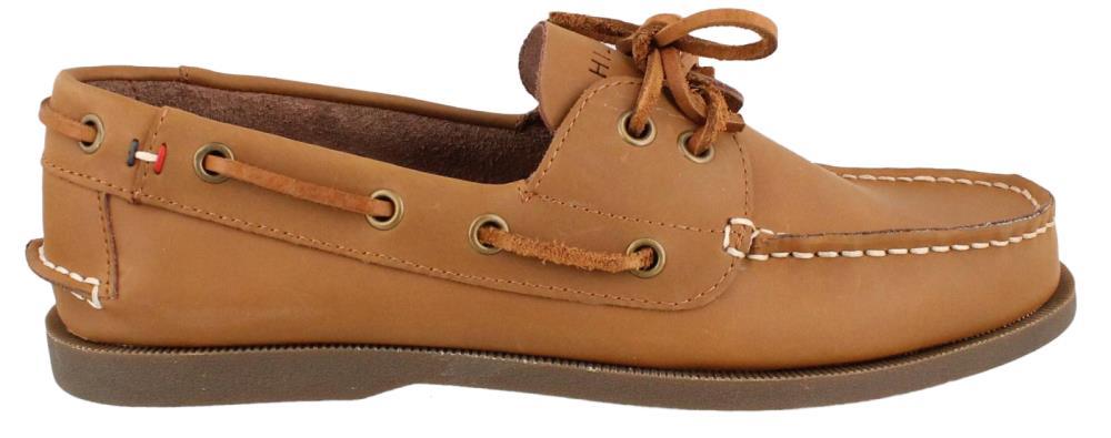 0b35c6d8f Tommy Hilfiger s Bowman Boat Shoe Review